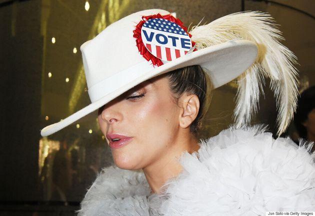 Présidentielle américaine: Lady Gaga dit à ses fans de voter pour