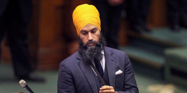 Jagmeet Singh doit se défendre après des commentaires sur ses signes religieux par un député