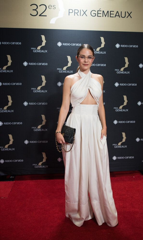 Prix Gémeaux 2017: Karine Vanasse et Maripier Morin illuminent le tapis