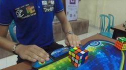 Les images du nouveau record du monde de cube Rubik sont