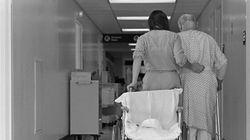 Du déni de services au droit à la dignité: l'urgence d'améliorer les soins aux