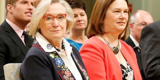 L'ancienne ministre du MAINC, Caroline Bennett, est devenue « ministre des Relations Couronne-Autochtones...