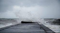 L'ouragan Maria fait un mort et deux disparus en Guadeloupe et ravage La
