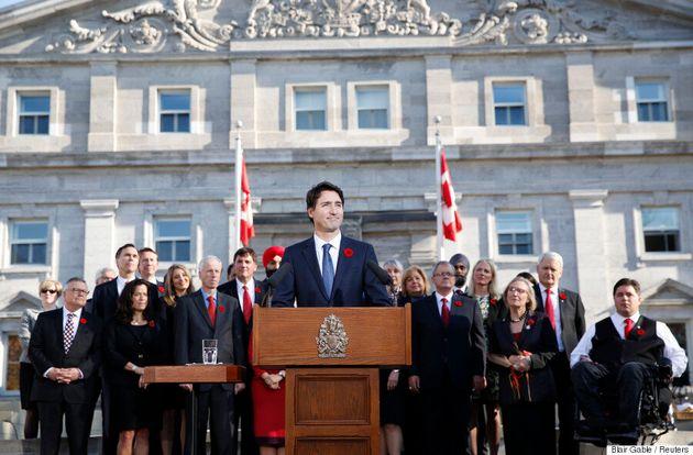 Le cabinet Trudeau complètement bilingue? «Not
