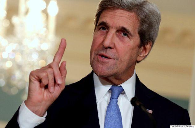 Courriels de Clinton: Kerry nie avoir coopéré avec le