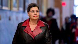 Le projet de loi 62 ouvre la porte au tchador dans les services publics, croit Fatima Houda-Pepin