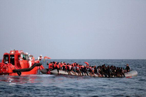 Méditerranée: 25 réfugiés retrouvés morts sur un