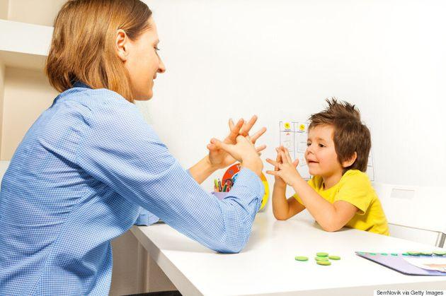 Une intervention précoce chez les enfants diminue les symptômes de