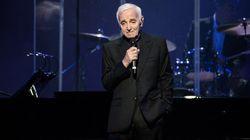 Charles Aznavour chante la pomme à