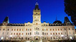 À VOIR – Cette jeune femme accuse un élu de l'Assemblée nationale d'agression sexuelle