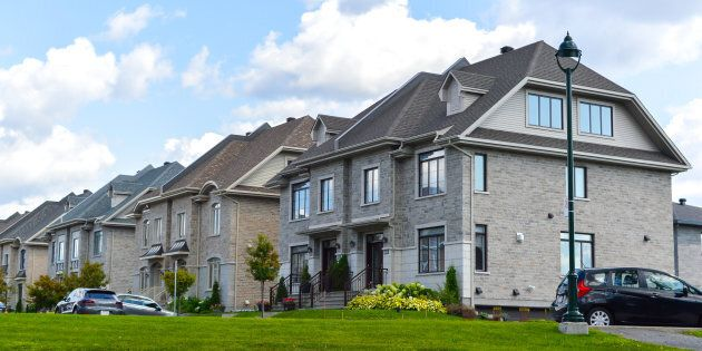 Immobilier: les ventes de résidences et les prix atteignent un sommet dans le Grand