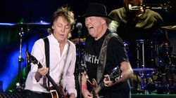 Paul McCartney et Neil Young ensemble sur scène à Desert