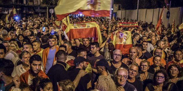 Espagne: Rajoy n'écarte pas une suspension de l'autonomie de la
