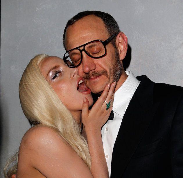 Lady Gaga et Terry Richardson au party Vanity Fair des Oscars en 2014.