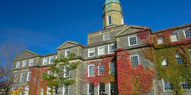 Université Dalhousie en
