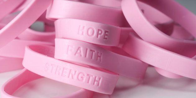 En ce mois d'octobre rose, je n'oublie pas toutes mes «pink friends», mes copines de cancer, celles...