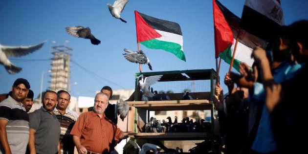 Le Hamas craint une explosion sociale à Gaza en raison de la détresse économique et sociale de la population de Gaza en partie à cause du blocus par Israël et l'Égypte provoquant des pénuries extrêmes: eau, médicaments, électricité.