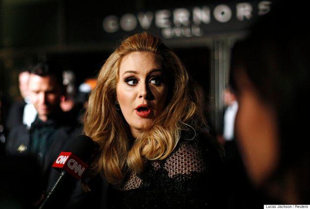 Adele aperçue au Cinéma Beaubien à Montréal pour voir le film de Xavier
