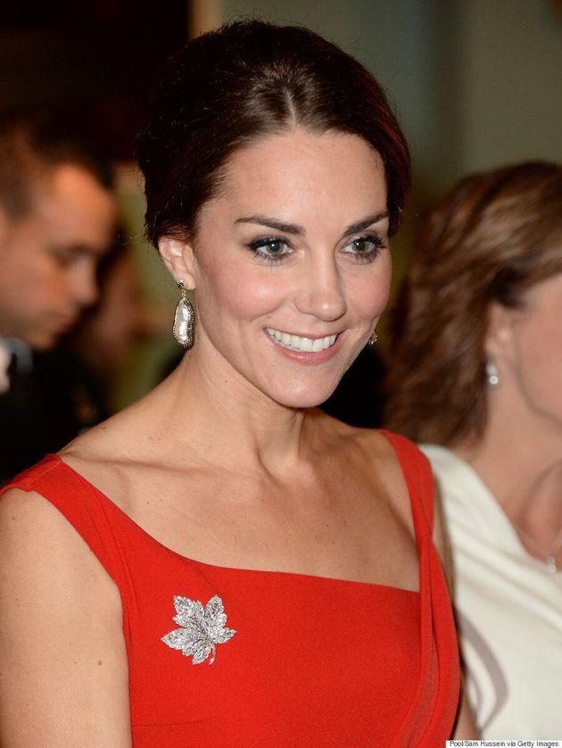 Kate Middleton porte un diamant en forme de feuille d'érable appartenant à la