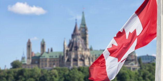 Ottawa reporte à plus tard deux milliards en dépenses