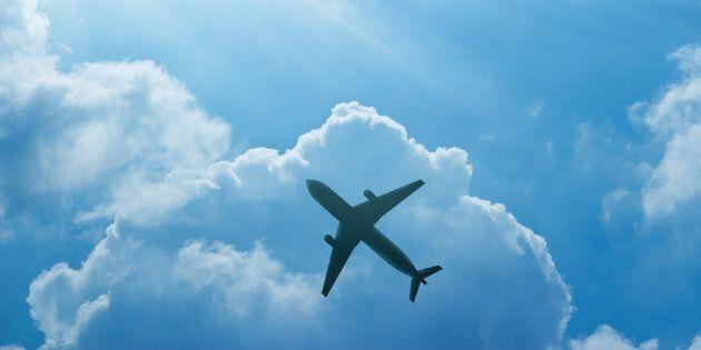 Le problème est simple, nous vivons sous les avions.