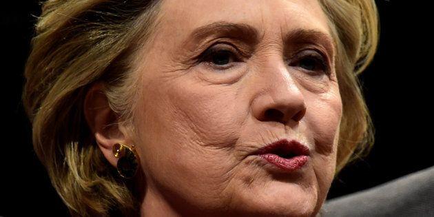 Des centaines de personnes au Palais des congrès pour entendre Hillary