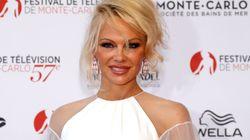 Pamela Anderson pose nue à 50
