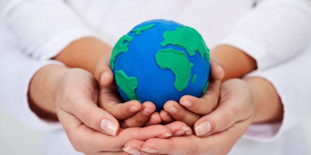 Il apparaît maintenant inévitable d'effectuer une transition décisive vers les énergies vertes et renouvelables,...