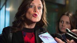 La ministre Vallée n'a pas commis d'outrage au