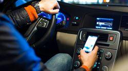 Cellulaire au volant : première baisse du nombre de fautifs au