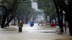 Un puissant typhon fait au moins 27 victimes et 22 disparus au