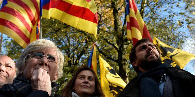 Meritxell Serret, Clara Ponsati et Antoni Comin, du gouvernement déchu de Catalogne, ont participé à...