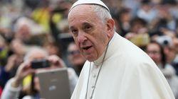 Le pape François reçoit une Lamborghini en