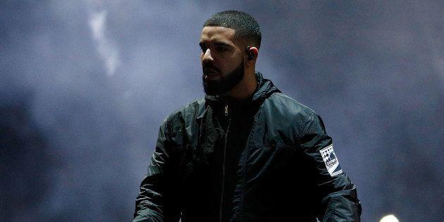 Drake s'est adressé à un homme qui touchait des filles de façons inappropriée à son