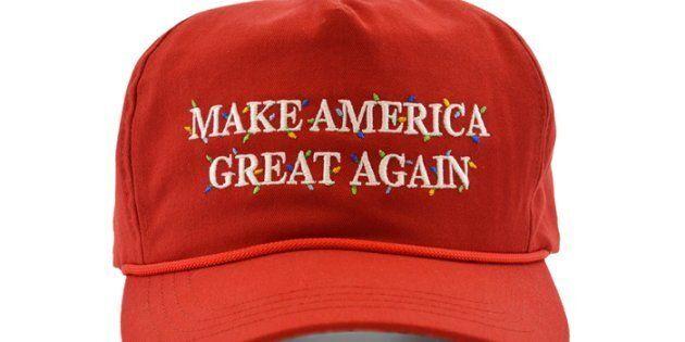 La nouvelle casquette à prix élevé de Donald Trump obtient exactement les réactions que vous