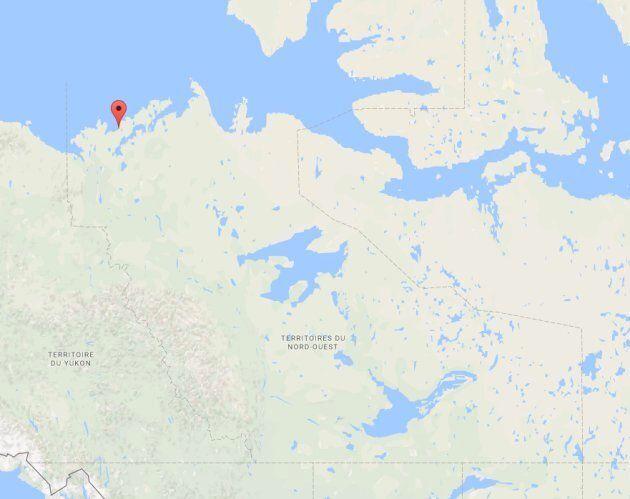 La communauté est située au nord-ouest des Territoires du