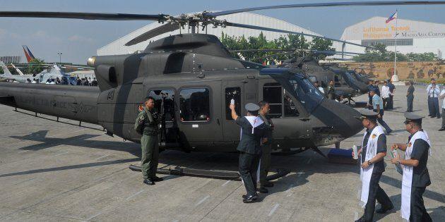 Un hélicoptère Bell