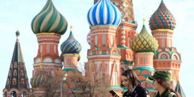 près une ère de prospérité relative attribuable en grande partie au cours élevé du Brent, le PNB russe...