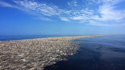 Des îles de déchets au large du