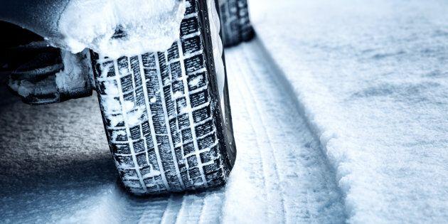 Quatre véhicules sur 10 au Canada n'ont pas de pneus