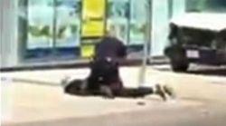 Voyez ce policier garder son sang-froid pendant l'arrestation d'un homme après l'attaque à