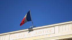 Un professeur français condamné à du sursis pour une liaison avec une