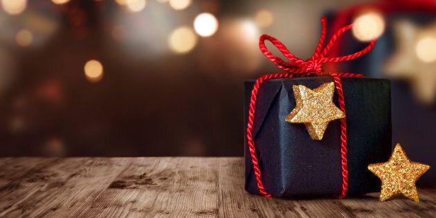 Des cadeaux mode et beauté québécois pour elle et lui à moins de 40