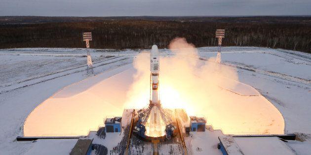 Lancement de la fusée Soyouz 2.1B, 28 novembre