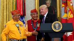 Des Amérindiens outrés par une