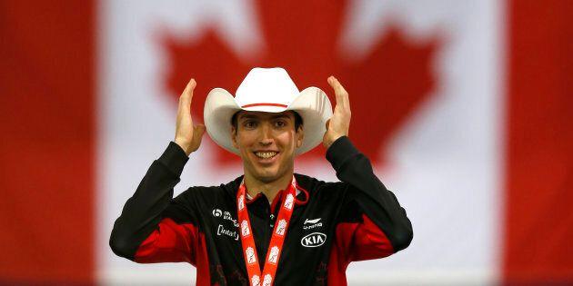 Un Québécois décroche l'or au 500 mètres à la Coupe du monde de