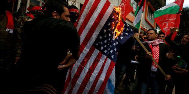 La décision des États-Unis de reconnaître Jérusalem comme étant la capitale d'Israë a provoqué des manifestations...