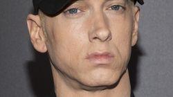 Eminem lance son album et les critiques sont