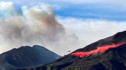 Les images impressionnantes des fumées des incendies en Californie vues de