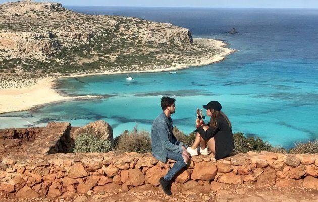 Sansdrick et Pézie dans l'épisode du 18 novembre d'«Occupation Double Grèce».